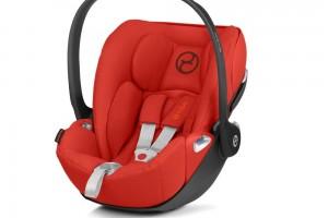 Подорожуємо з немовлям в машині: як зробити поїздку комфортною для всіх
