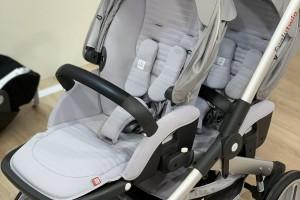 Двійнята: шукаємо коляску малюкам