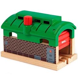 Іграшкове депо для потягів BRIO з механічними воротами